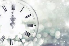 有星和雪花的老时钟 库存照片
