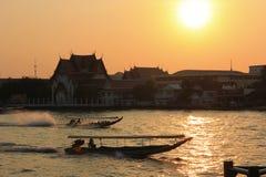 有昭披耶河的小船 免版税图库摄影
