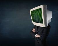 有显示器屏幕和计算机编码的网络人在偏移 免版税图库摄影