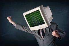 有显示器屏幕和计算机编码的网络人在偏移 图库摄影