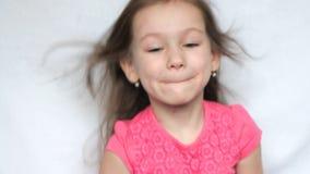 有有风头发的小女孩 股票视频