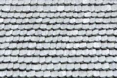 有木木瓦的老屋顶 纹理 特写镜头 免版税库存照片