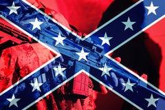 有机枪的战士有同盟者旗子的  免版税库存照片