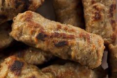 有机煮熟的槭树早餐香肠 免版税库存照片