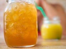 有机芒果&橙汁 免版税库存照片