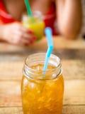 有机芒果&橙汁 库存图片