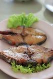 有机鱼油煎的鱼子酱 免版税库存照片
