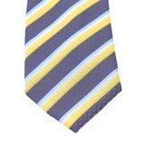 有条纹的领带关闭。 免版税图库摄影
