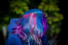 有极端头发的女孩 库存图片