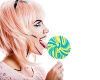 有构成的女孩仿照流行艺术和棒棒糖样式 库存照片