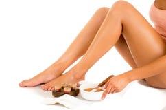 有柔滑的皮肤的美丽的年轻拉丁妇女 库存照片