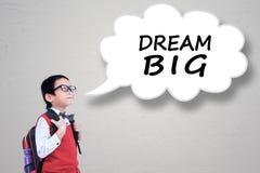 有梦想大文本的学生在讲话泡影 库存照片