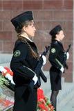有武器的两个女孩军校学生 库存照片