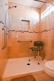 有残障的淋浴间 免版税库存照片