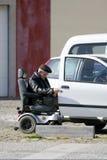 有残障的老人 免版税库存照片