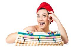 有毛巾的可爱的女孩在头发 免版税库存照片