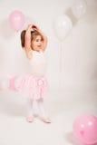 有气球的芭蕾舞女演员 免版税库存照片
