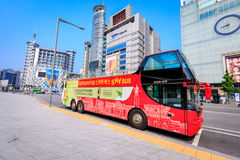 有汉城观光的公共汽车的Dongdaemun区2017 6月18日i 图库摄影