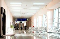 有没人的机场终端 免版税图库摄影