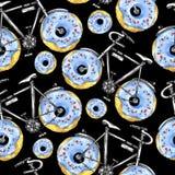有油炸圈饼轮子的水彩无缝的样式自行车 背景五颜六色的例证夏天向量 免版税库存图片