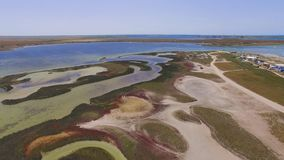 有沿海盐沼的盐湖,鸟瞰图 影视素材