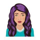 有波浪紫色头发的前面面孔妇女 免版税库存图片