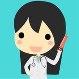 有注射器的逗人喜爱的医生妇女 皇族释放例证