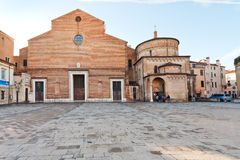 有洗礼池的帕多瓦大教堂,意大利 图库摄影