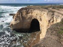 有洞的蒙大拿De Oro加利福尼亚自然桥梁拱道 库存图片