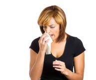有流感的妇女 库存照片