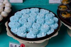有浅兰的传统泰国甜面包店 库存图片