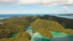 有海岛的蓝色盐水湖 影视素材