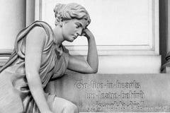 有消息的墓碑 免版税图库摄影