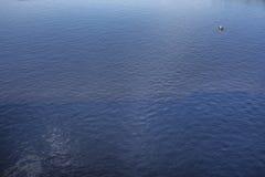 有渔夫的小船 免版税库存图片