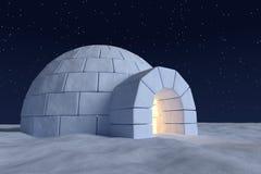 有温暖的光的园屋顶的小屋冰室里面在与星的夜空下 图库摄影