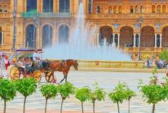 有游人的支架西班牙广场的是一宽阔的在192 免版税图库摄影
