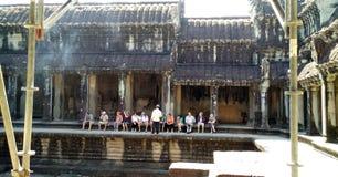 有游人的柬埔寨寺庙 库存照片