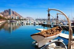 有游艇的港口在阿利坎特 免版税图库摄影