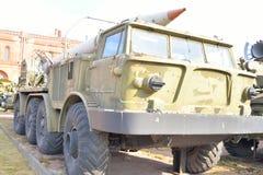 有火箭9M21导弹的复杂9K52月/月球M发射器9T29在军事火炮博物馆 免版税库存照片