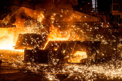 有火花的鼓风炉 免版税库存图片