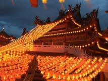 有灯笼的寺庙在农历新年jn马来西亚 图库摄影