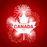 有烟花的枫叶为加拿大的国庆节 库存照片