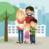 有父母、孩子和babyborn的幸福家庭在庭院里 库存例证