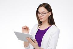 有片剂个人计算机的女实业家 库存照片