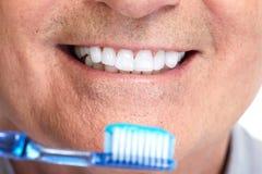 有牙刷的牙 免版税库存照片