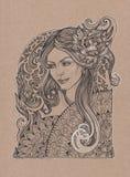 有牡丹花的被绘的美丽的女孩在她的头发 库存照片