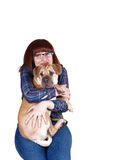 有狗的可爱的夫人。 免版税库存照片