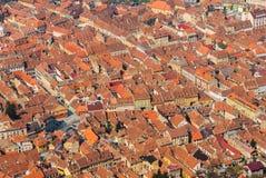 有狭窄的街道的中世纪镇 库存照片
