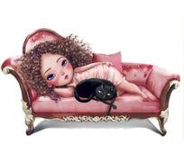有猫的动画片女孩在沙发 免版税库存照片