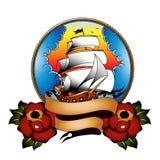 有玫瑰的传统船 库存照片